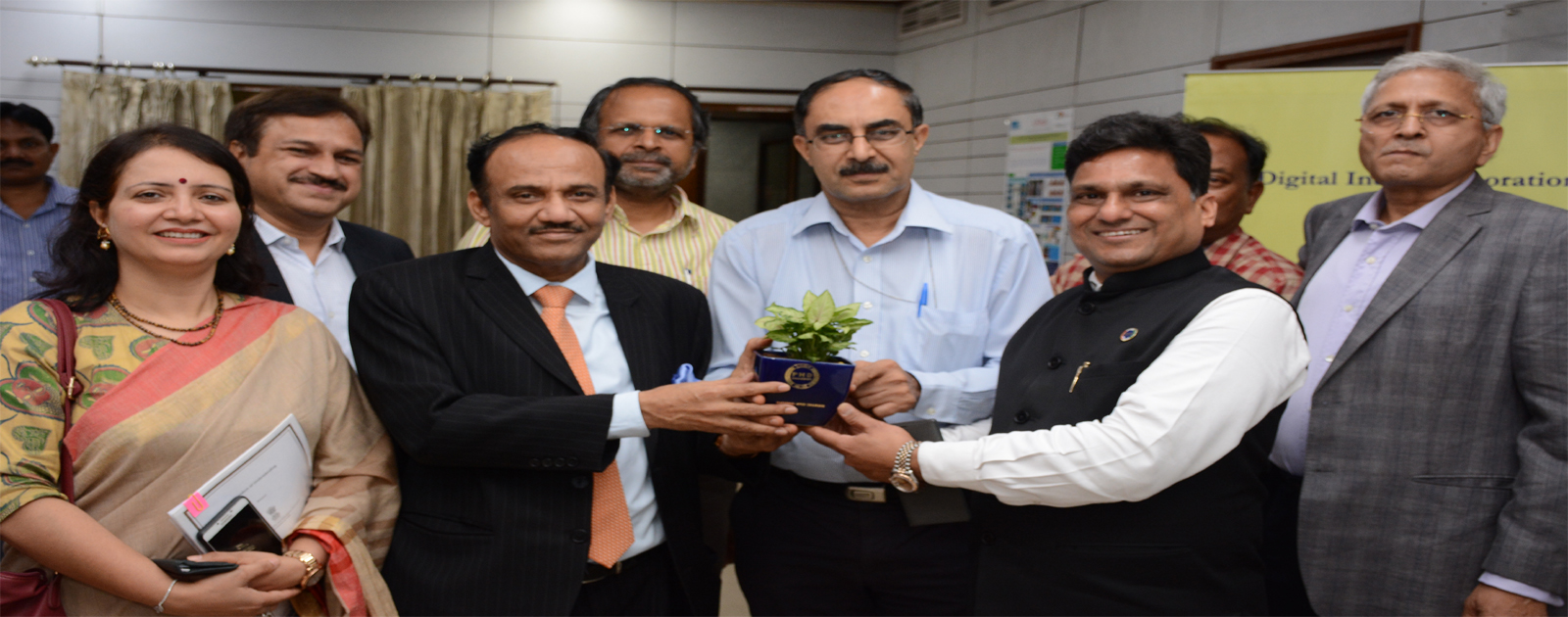 MOU Between MeitY Startup Hub (MSH)  and PHDCCI